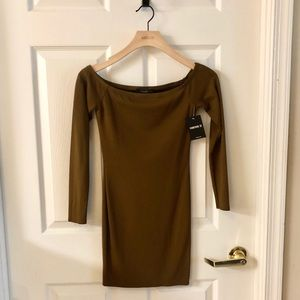 NWT off the shoulder bodycon dress size small